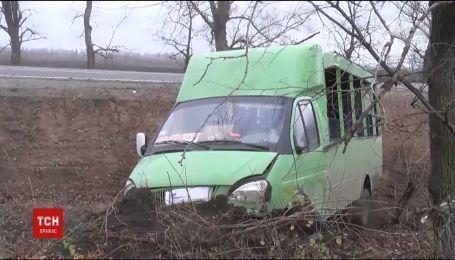 На Полтавщине маршрутка не разминулась с грузовиком