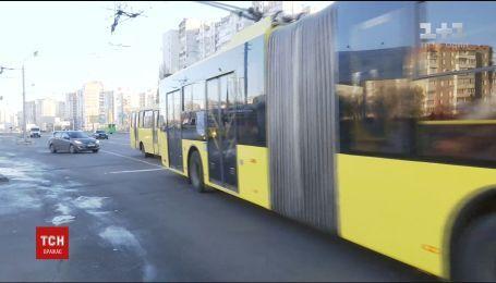"""""""Кормят обещаниями"""": верят ли жители Троещины в строительство новой станции метро"""