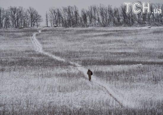 Бойовики три рази обстріляли українських бійців на Донбасі. Втрат немає