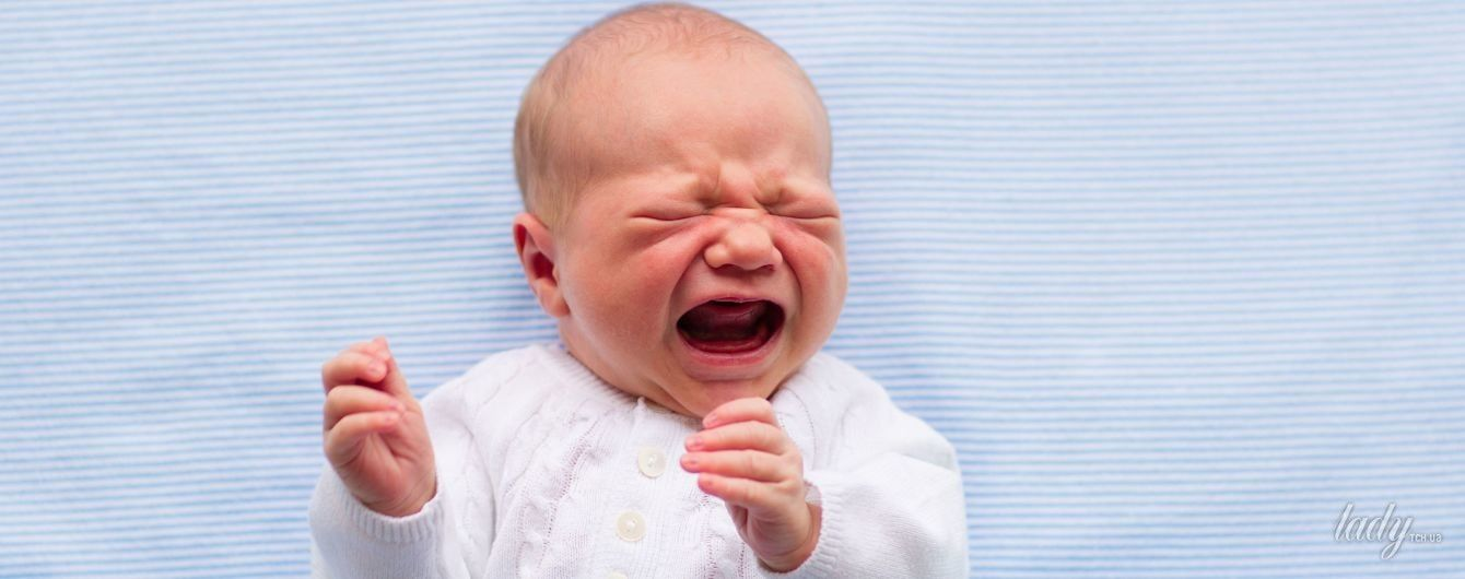 Колики у младенца: как помочь