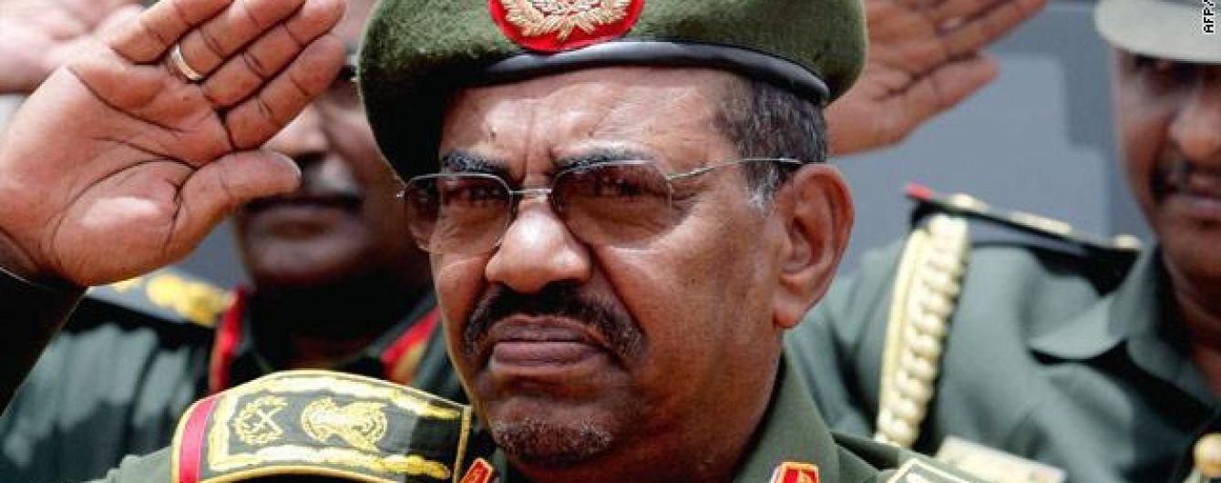"""Судан попросив у Путіна захисту від """"агресії"""" США"""
