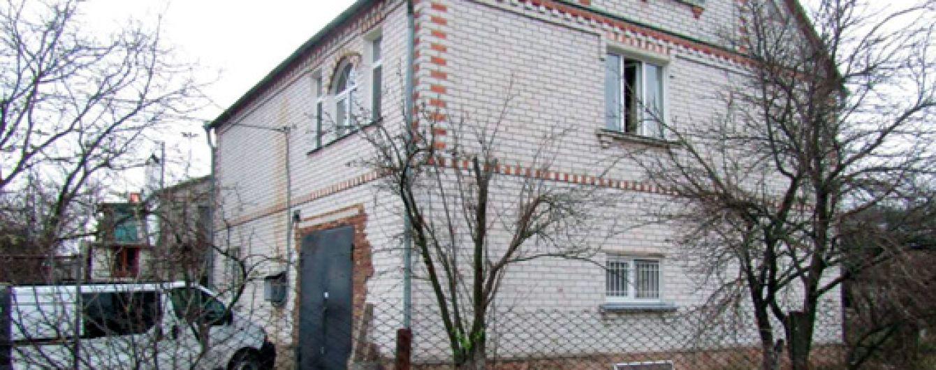 """""""Душила та била праскою"""": на Житомирщині жінка жорстоко вбила колишнього чоловіка-АТОвця"""