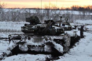 Під час обстрілів бойовиків на Донбасі знову загинув український військовий