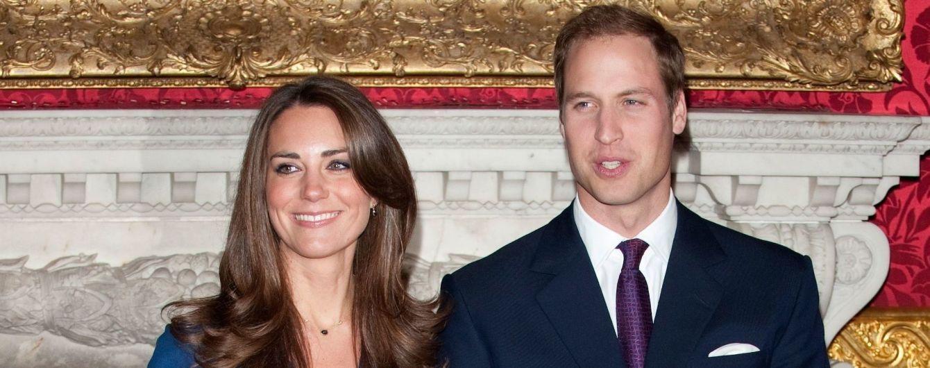 Сімейна ідилія: принц Вільям та Кейт Міддлтон разом з дітьми прикрасили різдвяну листівку