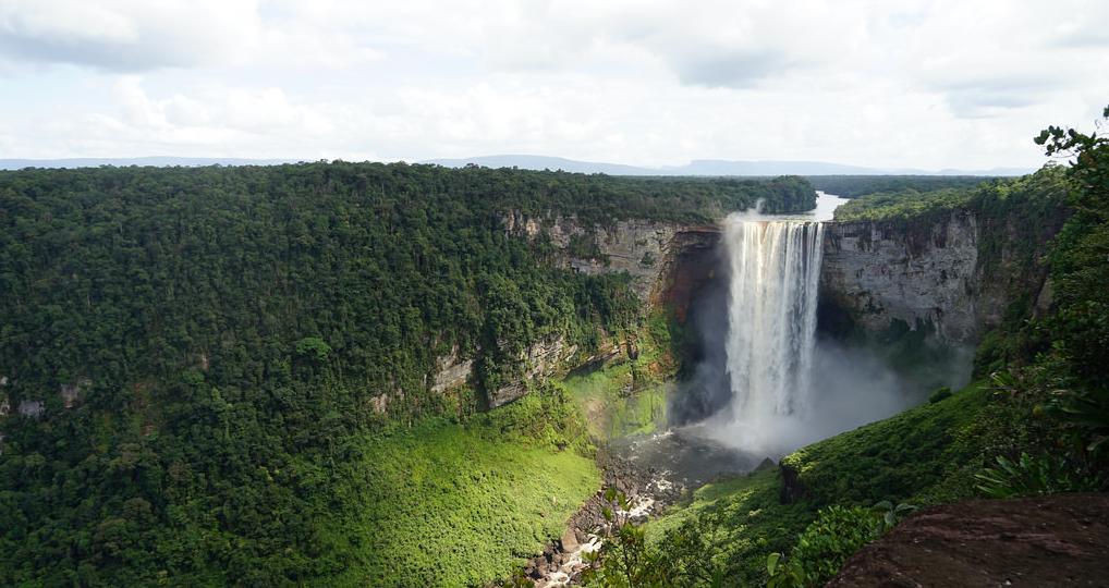Гаяна, водоспад