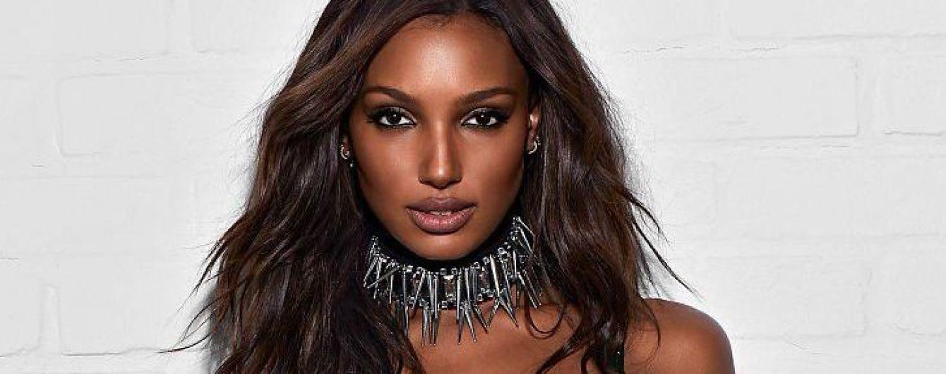 """Самые красивые женщины планеты: """"ангелы"""" представили коллекцию Balmain для Victoria's Secret"""