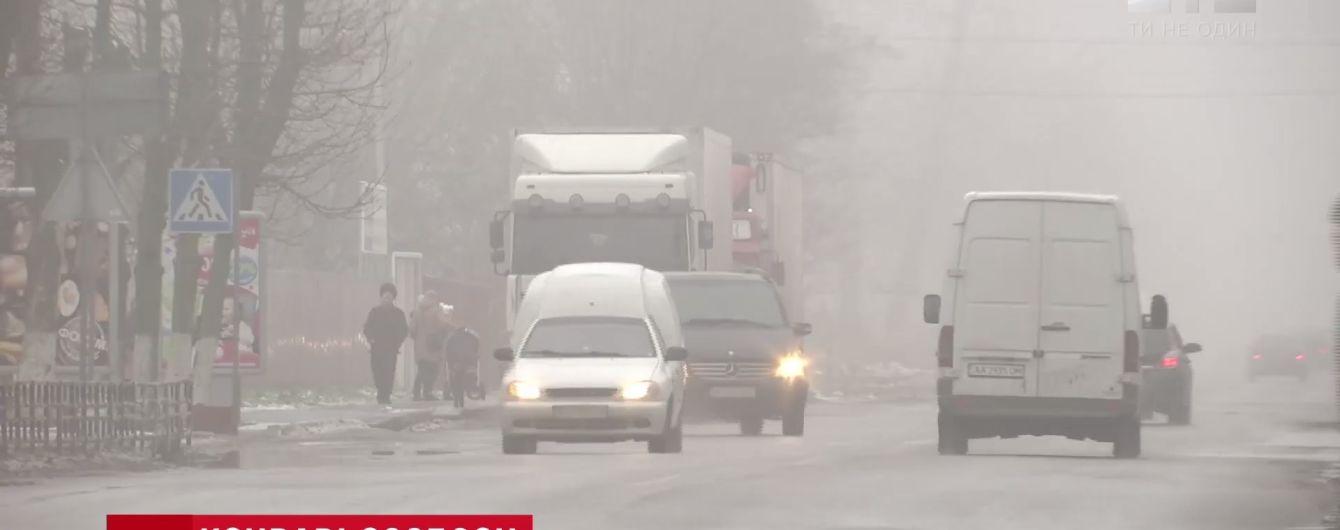 Под Киевом BMW сбила и почти два километра протащила по асфальту мужчину