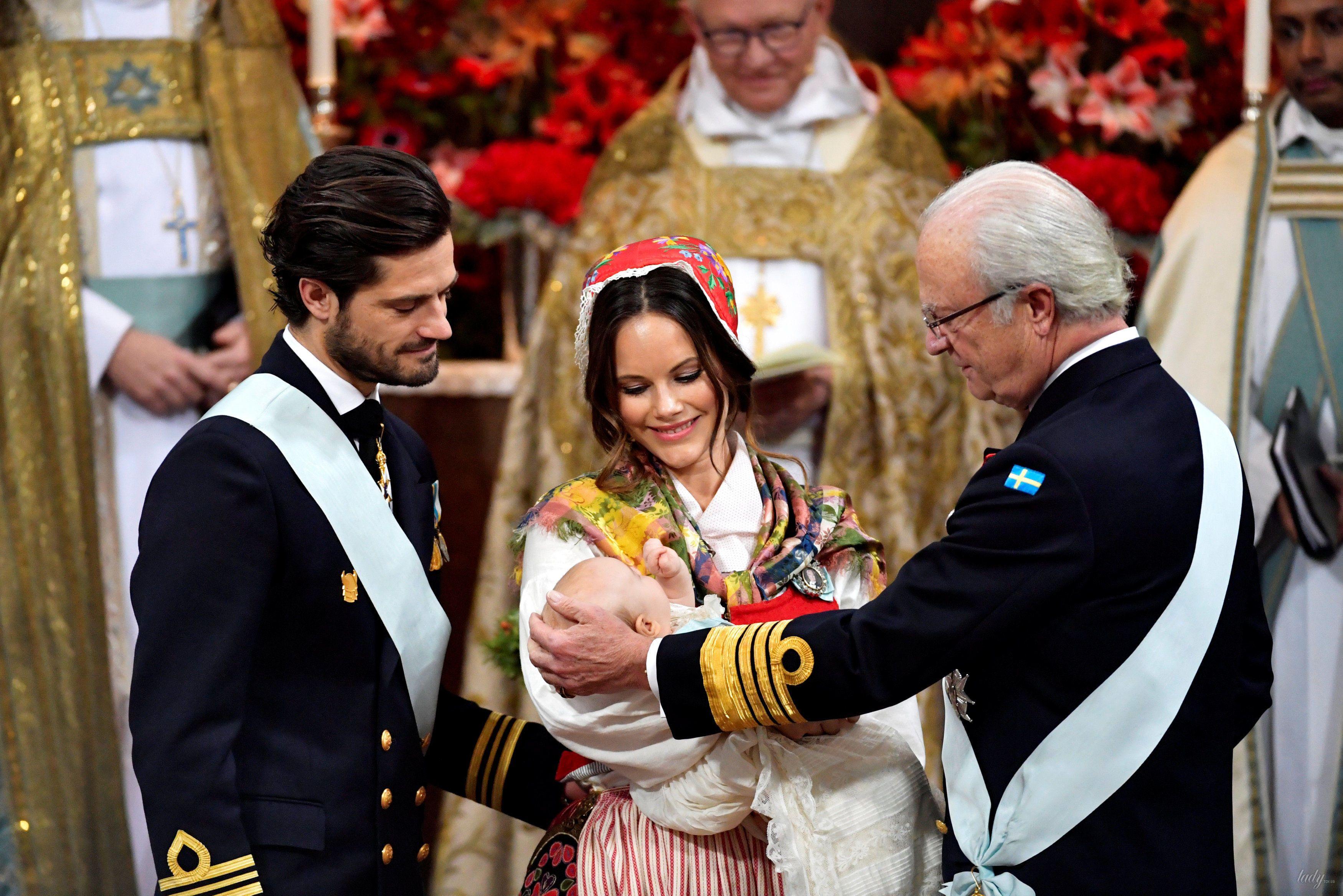 Королевская семья Швеции на крестинах князя Гавриила_1