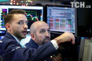 Стоимость акций компаний российских олигархов несется вниз