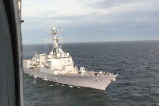 Украинские ВМС провели совместные тренировки с американским эсминцем в Черном море