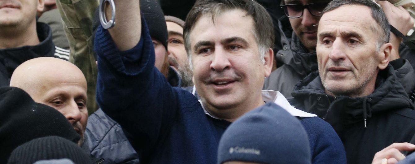 Саакашвили заявил, что не знает Курченко и требует импичмента Порошенко