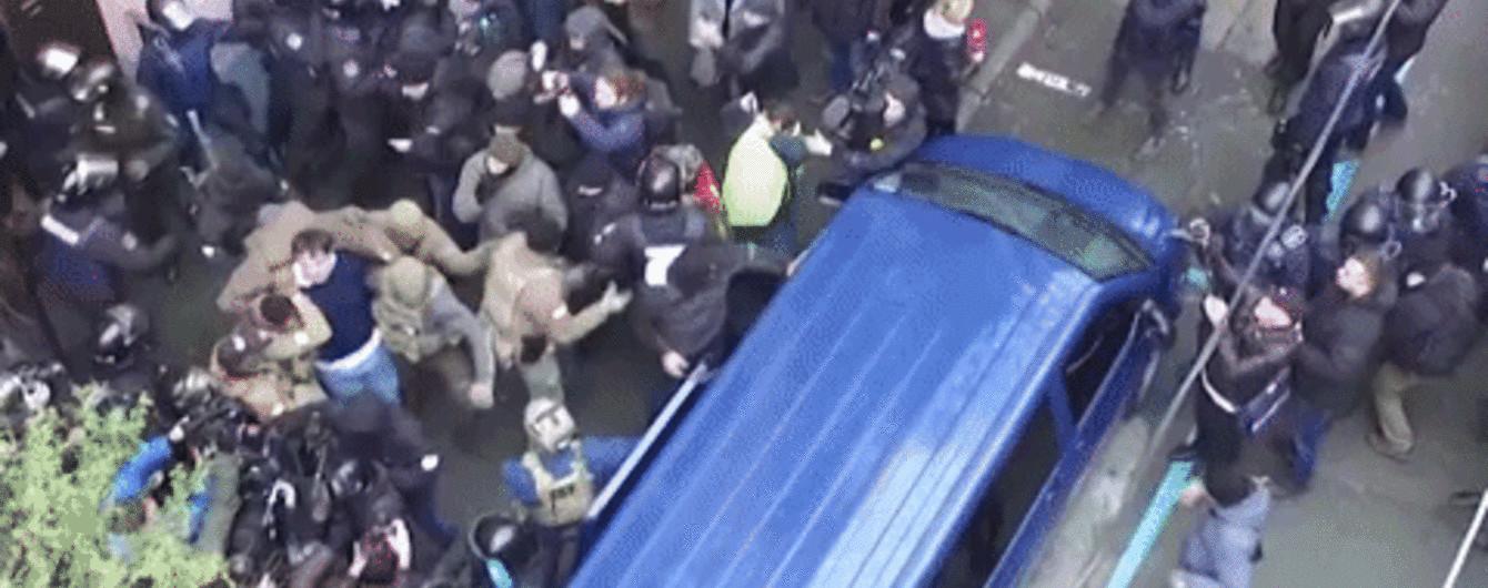 Як у Києві затримували Саакашвілі. Ексклюзивне відео з дрона