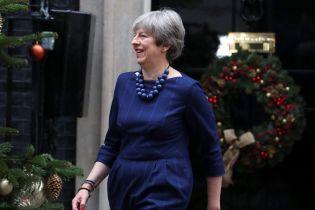 Тереза Мэй может остаться на посту премьера Британии после голосования по Brexit