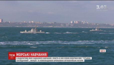 Новые украинские артиллерийские катера отправились на первые военные учения
