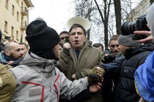 Прокуроры будут настаивать на домашнем аресте с электронным браслетом для Саакашвили