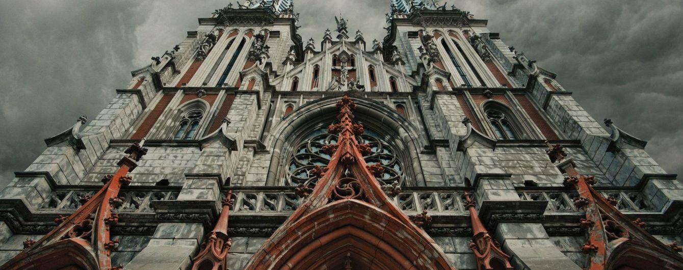 Костел святого Миколая: що приховують фасади столітнього київського храму