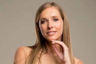 Готовится к лету: Катя Осадчая похвасталась модным аксессуаром