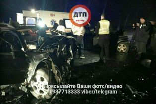 Поблизу Боярки зіткнулися Renault і Opel: водії сильно постраждали