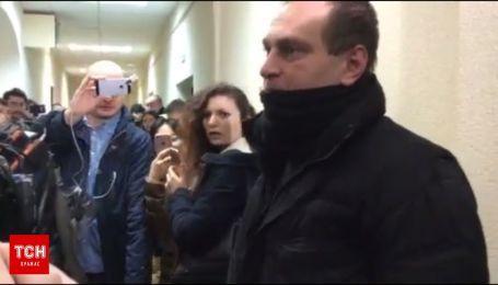 Суд над Саакашвили задерживается
