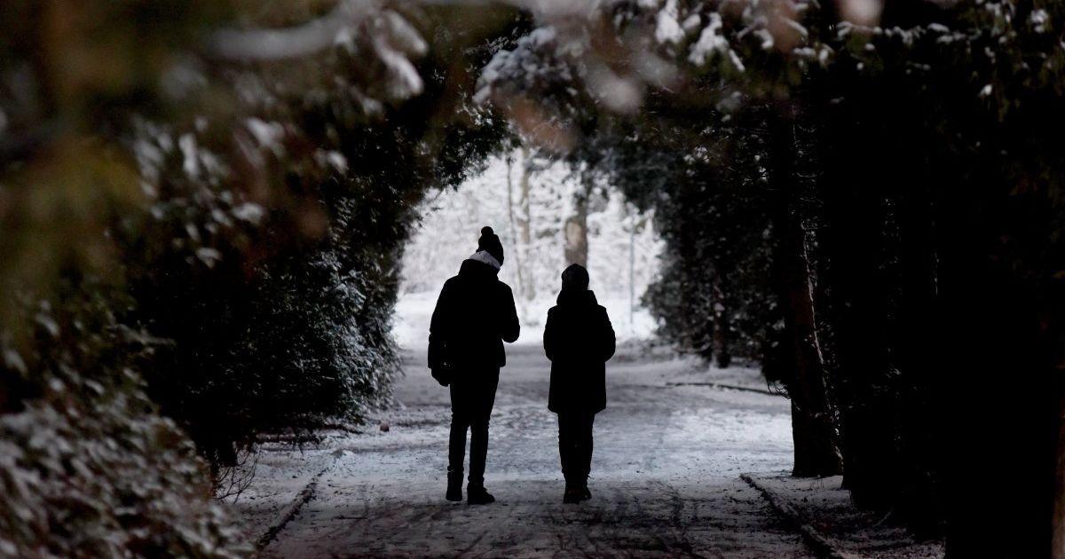 Синоптики попередили про похолодання і розповіли, які регіони засипатиме снігом