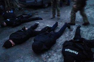 """У справі """"фейкових поліцейських"""" проведено близько 30 обшуків - Нацполіція"""