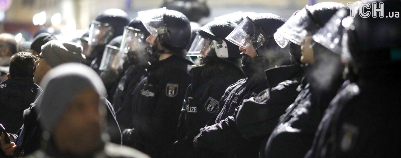 У Німеччині поліція припинила рок-концерт через нацистське вітання