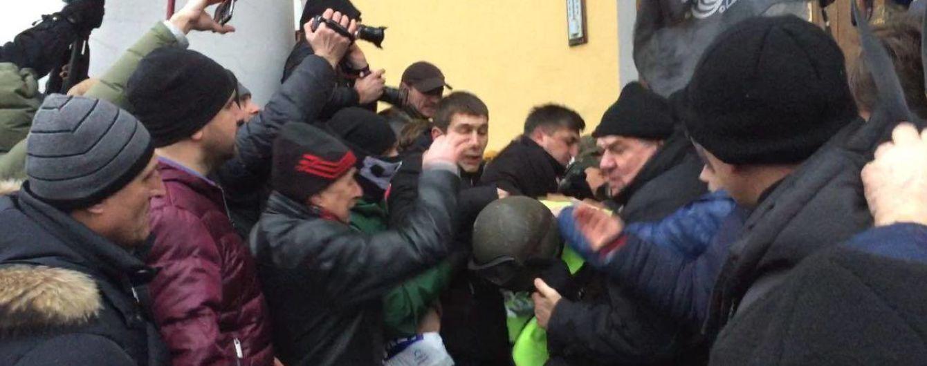 Полиция возбудила дело из-за попытки захвата Жовтневого  – Аброськин