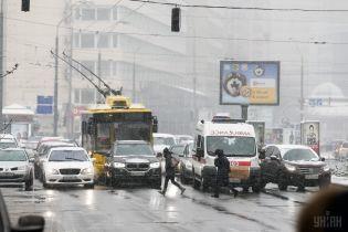В Киеве ограничат движение по улице Елены Телиги - КГГА