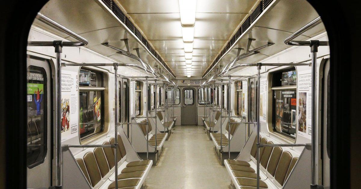 """Через офіційні заходи завтра не працюватиме станція метро """"Майдан Незалежності"""""""