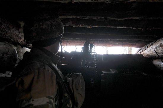 Під час запеклих боїв були поранені двоє українських військових. Ситуація на Донбасі