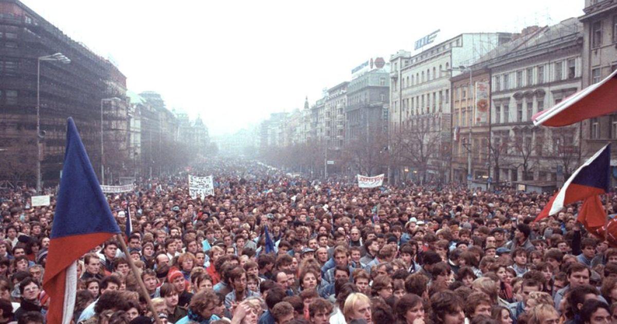 Присматривать за полицией в Чехии будет бывший коммунист, руководивший разгоном Бархатной революции