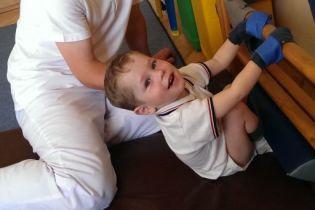 Реабилитация может подарить Дениске нормальную жизнь