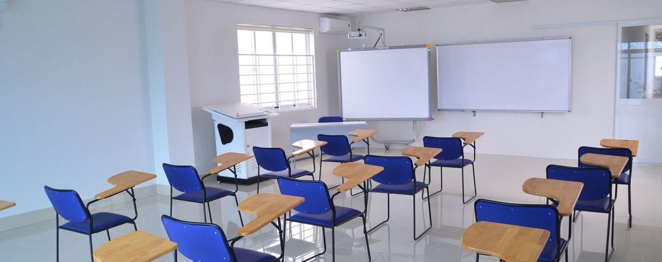 Влада має право не пускати до шкіл дітей без щеплення від кору - адвокат