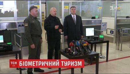 Пограничники тщательнее будут проверять всех иностранцев, которые будут въезжать в Украину