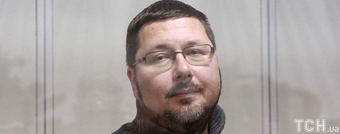 Екс-перекладач Гройсмана заявив, що його хотіли обміняти на Сущенка