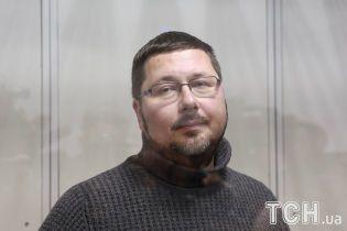 Экс-переводчик Гройсмана заявил, что его хотели обменять на Сущенко