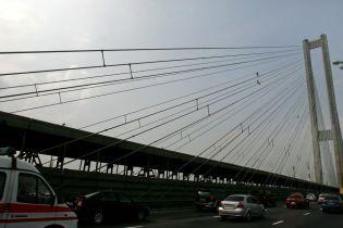 В Киеве на месяц частично перекроют эстакаду Южного моста