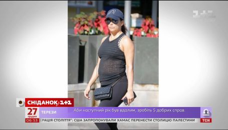 Ева Лонгория больше не скрывает беременность