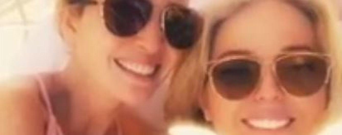 Пользователей Сети возмутило видео Иванки и Тиффани Трамп в купальниках