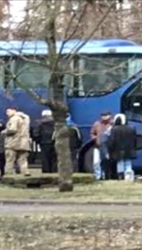 Обмен заложниками начался. Боевики обещают отдать 74 украинцев