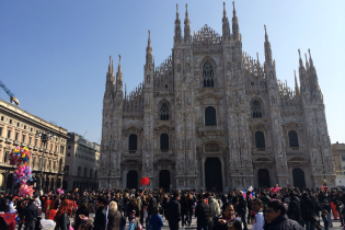 В Милане из-за внезапной остановки метро пострадали 14 человек