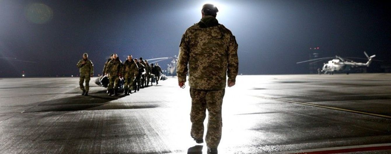 Порошенко обратился к Сущенко, Сенцову и другим украинским заложникам в России и Крыму
