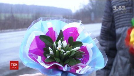 Весна під Новий рік. У вінницьких лісах розквітли підсніжники
