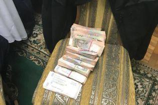 Суд решил взять под стражу руководителя николаевского аэропорта
