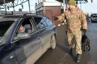 Прикордонники з січня фіксуватимуть біометричні дані росіян та інших іноземців