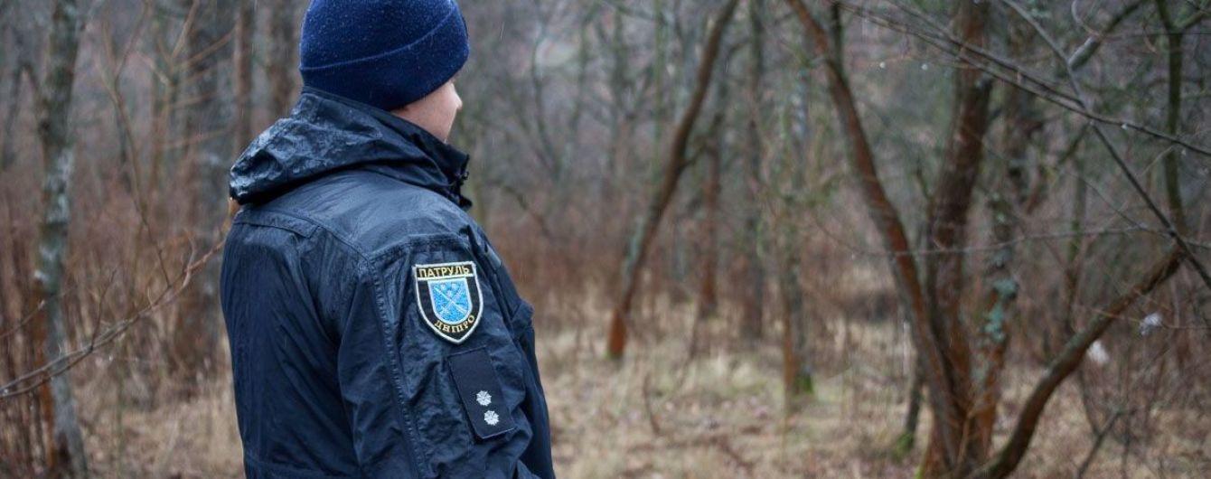 У Дніпрі знайшли повішеними молодих чоловіка та жінку