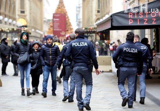 Засуджений мафіозі взяв у заручники людей у відділені італійсько пошти