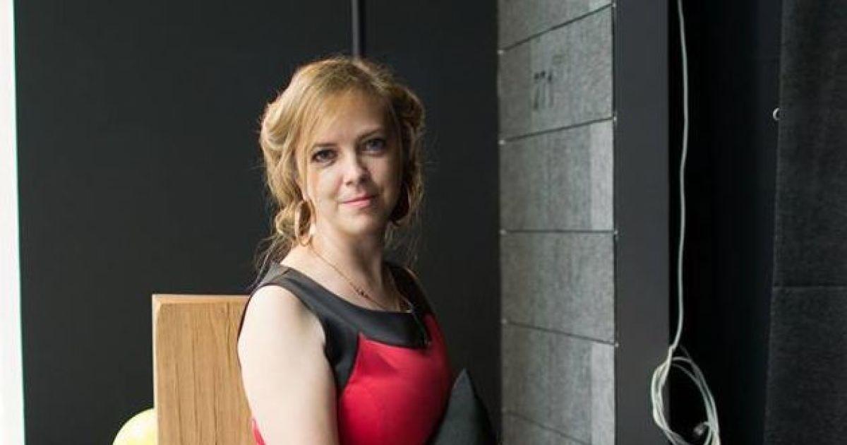 Под Киевом прощаются с убитой правозащитницей Ноздровской