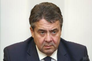 """Це провина німців. У ФРН відреагували на скандальний польський закон """"про Голокост"""""""
