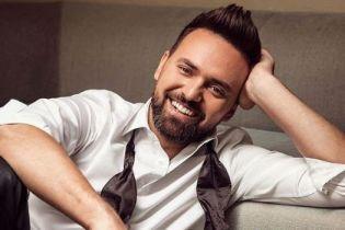 """Ведущий """"Евровидения-2017"""" сделал предложение своей возлюбленной"""